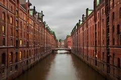 Speicherstadt bij nacht in Hamburg Royalty-vrije Stock Afbeeldingen