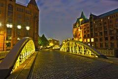 Speicherstadt in Hamburg bis zum Nacht Lizenzfreies Stockbild