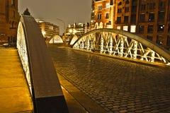 Speicherstadt in Hamburg bis zum Nacht Stockbild