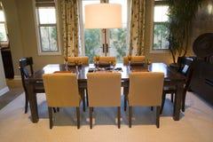 Speisetisch mit Luxuxdekor. Stockbilder