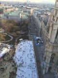 Spektakulär åka skridskor kant Wien Rathaus Arkivbilder