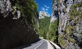 Spektakulär bergpassage i Transylvania Royaltyfri Fotografi