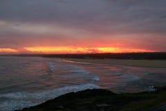 Spektakulär solnedgång från kusten i Norther NSW Australien Royaltyfri Bild