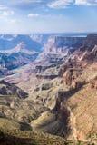 Spektakulär solnedgång på Grandet Canyon Arkivbilder