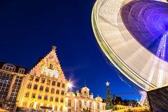 Spektakulära julljus, i att förbluffa Bruges Belgien arkivfoto