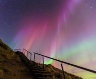 Spektakulära nordliga ljus i Island arkivfoto