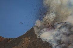 Spektakulärt Volcano Etna utbrott, Sicilien, Italien Royaltyfri Bild