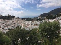 Spektakularna Casares Biała Halna Andaluzyjska wioska Obrazy Royalty Free