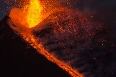 Spektakularna wulkanu Etna erupcja, Sicily, Włochy Obrazy Stock