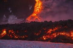 Spektakularna wulkanu Etna erupcja, Sicily, Włochy Obraz Stock