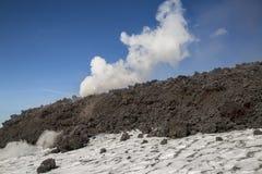 Spektakularna wulkanu Etna erupcja, Sicily, Włochy Fotografia Royalty Free