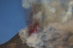 Spektakularna wulkanu Etna erupcja, Sicily, Włochy Zdjęcie Royalty Free