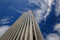 Spektakularny widok biały biznesowy budynek Fotografia Stock