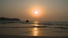 Spektakularny widok zmierzch, Ngapali plaża, Myanmar zbiory wideo
