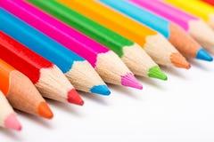 Spektrum-Farben von Farbton-Bleistiften Lizenzfreies Stockbild