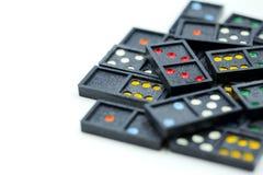 Spel in de domino die voor achtergrond gebruiken Royalty-vrije Stock Foto's