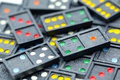 Spel in de domino die voor achtergrond gebruiken Royalty-vrije Stock Fotografie
