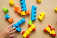 Spel kleurrijke blokken voor praktijkcreativiteit Royalty-vrije Stock Foto's