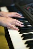 Spel op piano Royalty-vrije Stock Afbeelding
