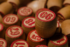 Spel van het tafelblad het oude lotto met houten elementen Royalty-vrije Stock Afbeelding