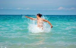 Spel in water Stock Foto's