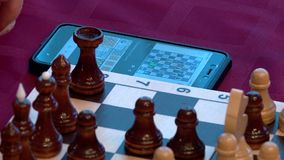 Spela den schackkort och lotterit stock video