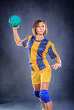 Spela handboll fotografering för bildbyråer