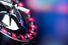 Spela i kasino Kasinotemabakgrund royaltyfri bild