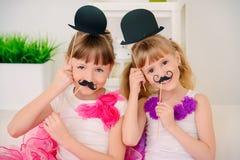 Spela med maskeringar royaltyfria foton