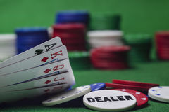 Spela på poker royaltyfri foto