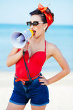 Speld-op op zee met megafoon Royalty-vrije Stock Fotografie