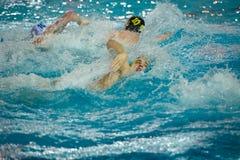 Spelers in actie in water-polo royalty-vrije stock afbeeldingen
