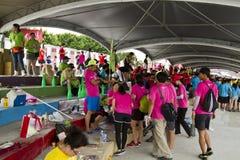 Spelers van het festival van Taipeh Dragon Boat van 2013 Stock Afbeeldingen
