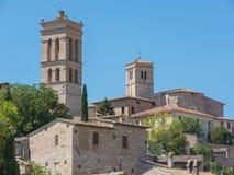 Spello, один из самого красивого маленького города в Италии Горизонт деревни от земли Стоковые Изображения RF