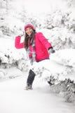 spelrum kastar snöboll Fotografering för Bildbyråer