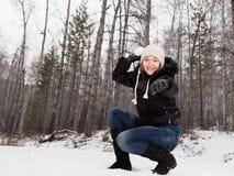 Spelrum kastar snöboll Royaltyfri Bild