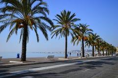 Spendendo un giorno sul Riviera francese in Nizza. Fotografie Stock