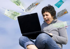Spending money on the internet Royalty Free Stock Images