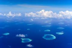 Spese generali aeree di Rafa Atoll fotografie stock libere da diritti