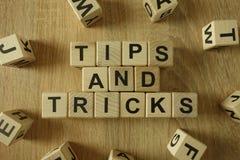 Spetsar och trick smsar från träkvarter fotografering för bildbyråer