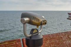 Spettatore binoculare nell'isola della centrale di Toronto Fotografia Stock