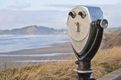 Spettatore di punto di vista di posizione sulla costa di trascuratezza dell'oceano della linea costiera di nord-ovest pacifica Fotografia Stock
