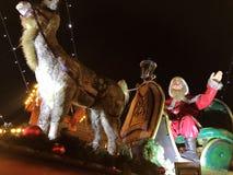 Speyer Tyskland 2017 December 1st - jul marknadsför på den Speyer domkyrkan vid natt Arkivfoto