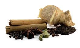 Spezie aromatizzate indiane del tè di chai Fotografie Stock Libere da Diritti