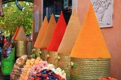 Spezie su un mercato marocchino Immagini Stock