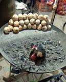 Spezielle indische Nordnahrung Litti oder Bati lizenzfreie stockfotos