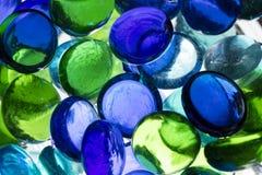 Sphères en verre colorées Photos stock