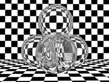 Sphères en verre sur le damier images libres de droits
