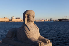 Sphinx au manoir Kushelev-Bezborodko de promenade de Sverdlovsk. Photos libres de droits