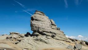 Sphinx de montagnes de Bucegi banque de vidéos